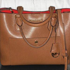 Tote purse